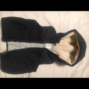 Zara baby boy vest 12-18 months. great condition